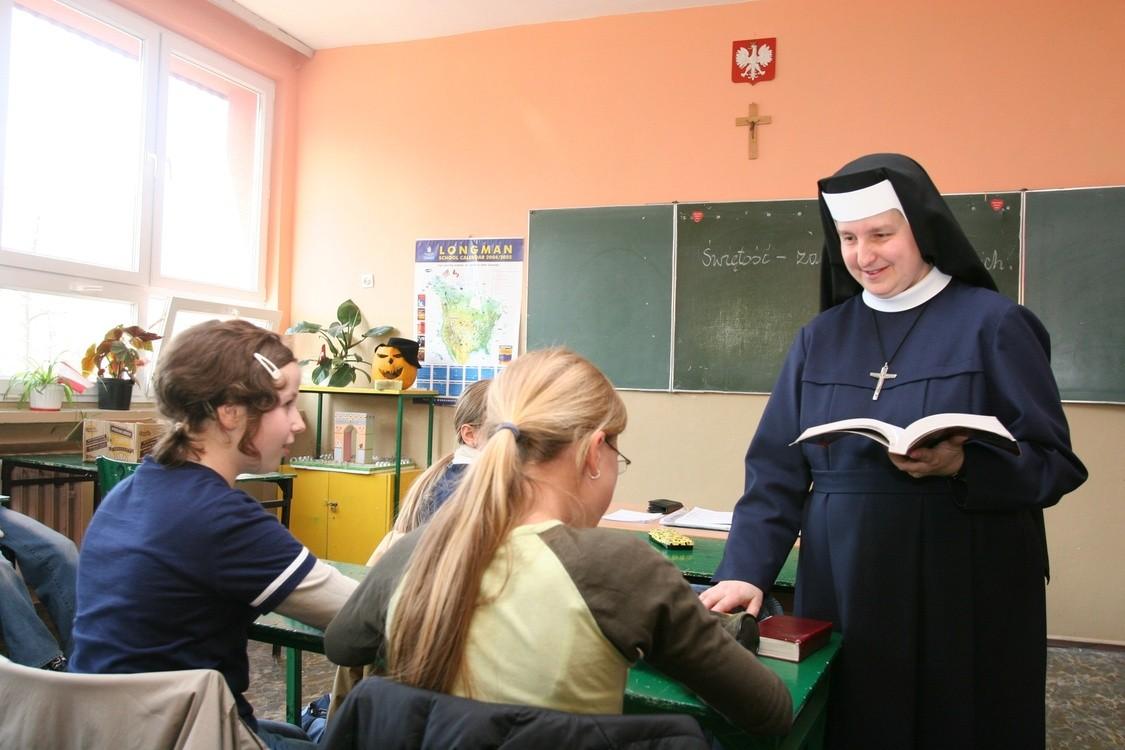 Znalezione obrazy dla zapytania Lekcja religii